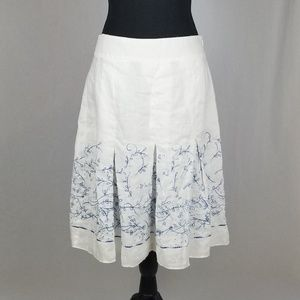 Size 8 Ann Taylor White Skirt Blue Embroidery